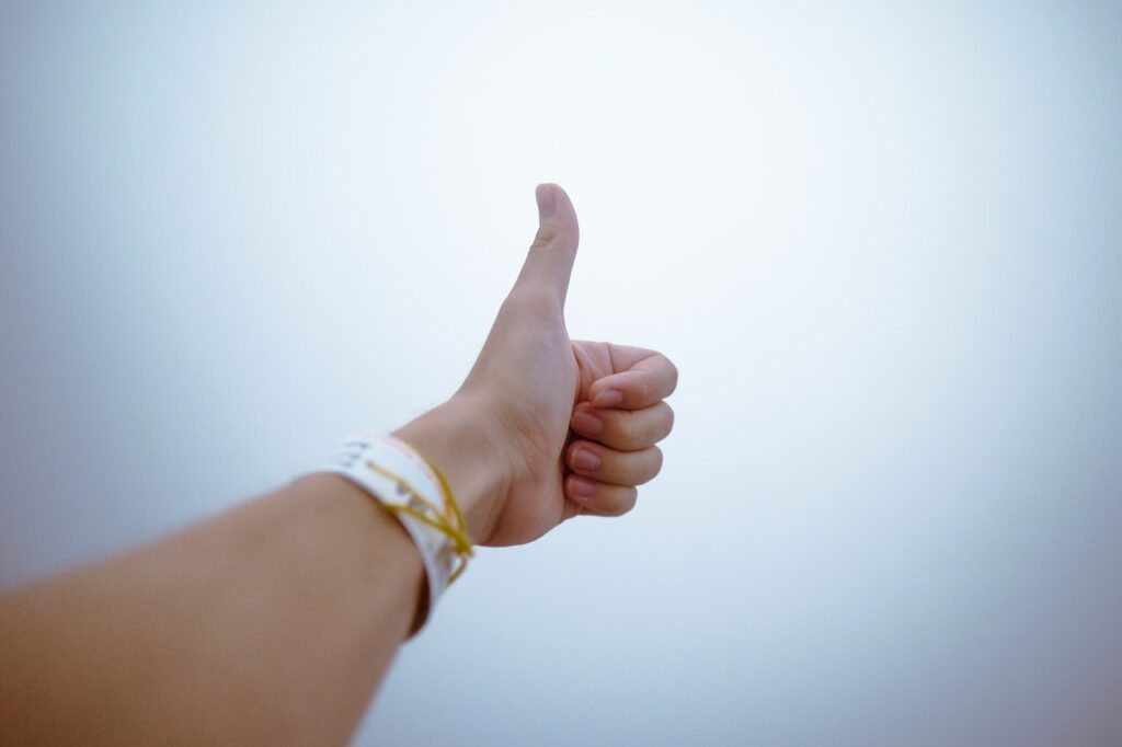Exercise the thumb to fix thumb pain from mouse uses.